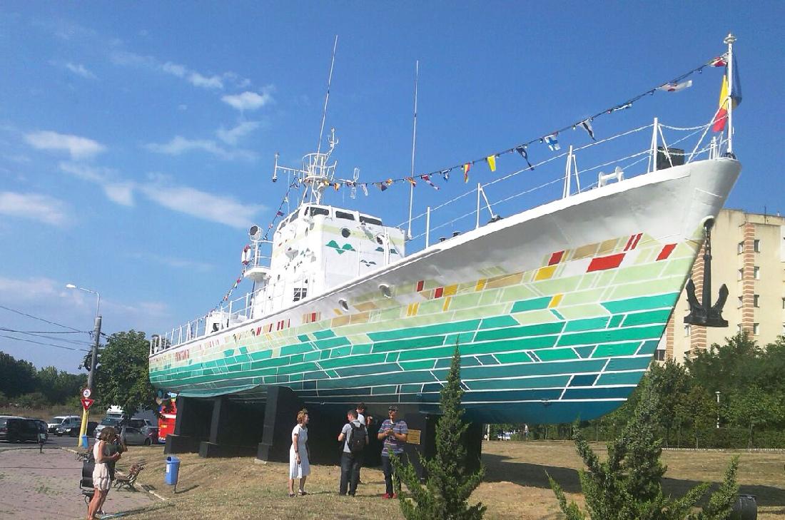 Primul vapor simbol al Constanței, transformat în exponat de artă urbană, a fost inaugurat!