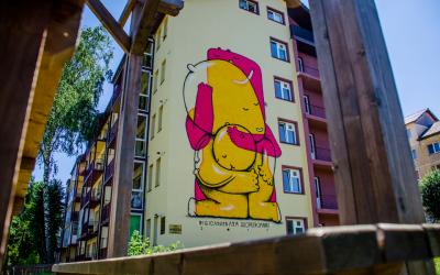 Sibiul găzduiește singurul Circuit de Artă Stradală din lume care cuprinde școli și licee: peste 3.500 mp de picturi murale